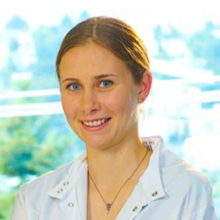 Photo of Pathobiology student Emily Gage